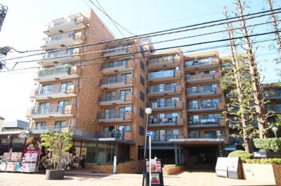 2路線2駅徒歩約5分の通勤やお出かけに便利な立地のマンションです。
