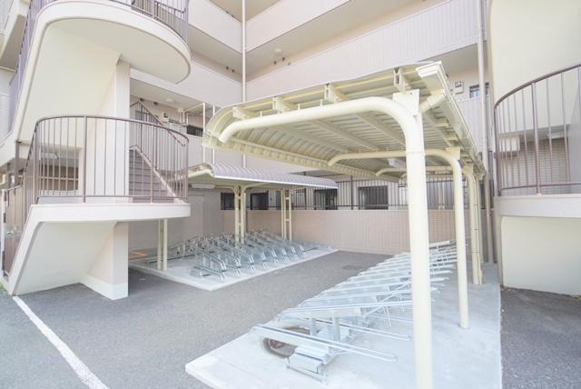 【駐輪場】平塚市松風町 ベルグランデ湘南松風 2階