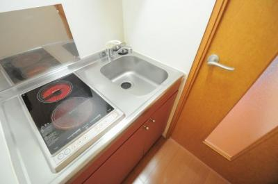 実際の部屋は設備・仕様が異なる場合がございます