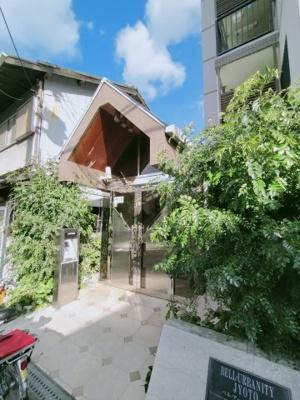 【エントランス】ベル・アーバニティ城東