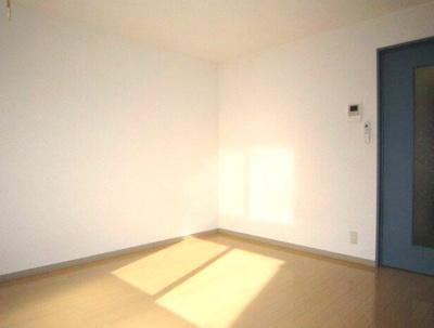 【寝室】スマイルハウス
