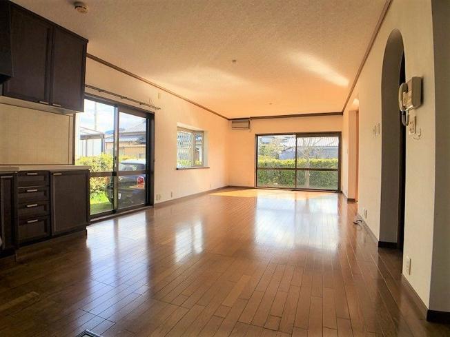 【居間・リビング】古賀市中央6丁目戸建