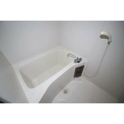 【浴室】メゾンラビアンローズ
