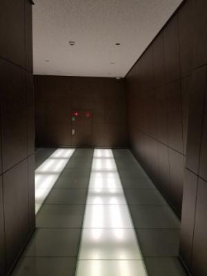 【エントランス】クリスタルグランツ京都高辻
