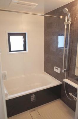 追い焚き機能・浴室換気暖房機能付ユニットバス