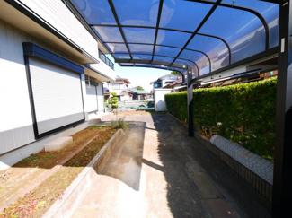 ヘーベルハウス施工軽量鉄骨4SLDK+WICカーポート2台 都市ガス9.5帖寝室キャンティバルコニー
