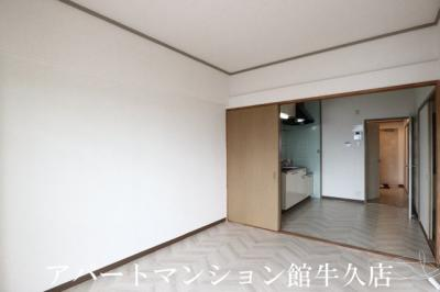 【居間・リビング】栄マンション