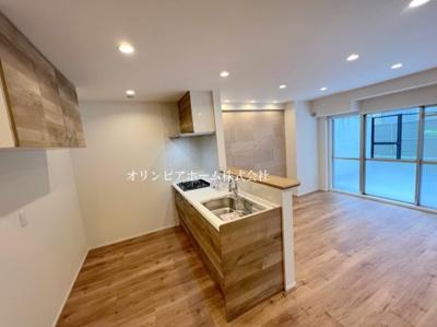 【居間・リビング】秀和第2築地レジデンス 4階 リ ノベーション済
