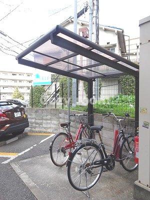 自転車置き場①