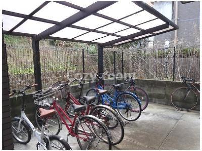 自転車置き場②