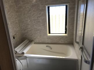 【浴室】鴻巣市宮前の中古の戸建て