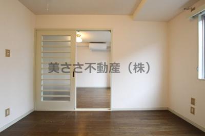 【居間・リビング】カーサ西八王子