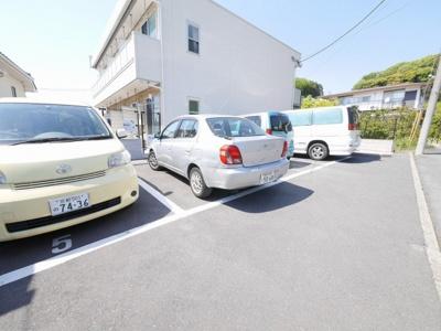 【駐車場】リブリフローラ
