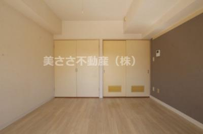 【洋室】杉山マンション