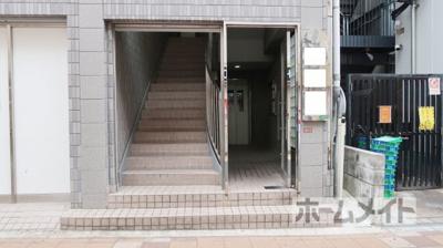 【エントランス】エクセレント高槻