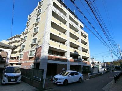 東武東上線「成増」駅徒歩約9分を含む、2駅3路線徒歩圏内。