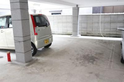 【駐車場】寿賀マンション