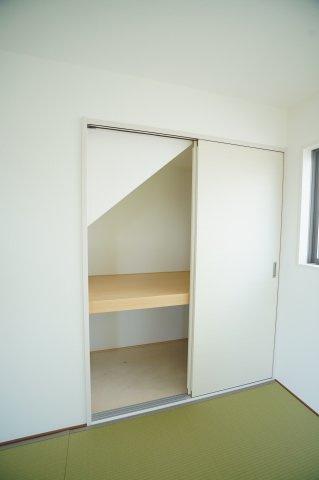 2階トイレも温水暖房便座のトイレです。