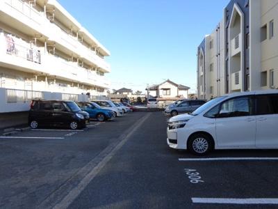 【駐車場】カクサン可美タウンA