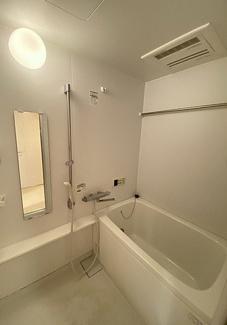 【浴室】越谷市千間台西5丁目一棟マンション