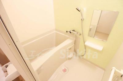 【浴室】カーサエムティー 東三国