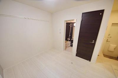 明るい洋室です ※写真は別部屋のイメージ用写真です。
