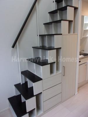 プランドール西荻の収納付き階段☆
