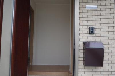 【玄関】関本貸家