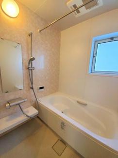 【浴室】吉川市吉川1丁目 中古戸建