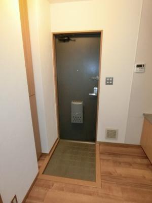 【玄関】M.maisonB棟