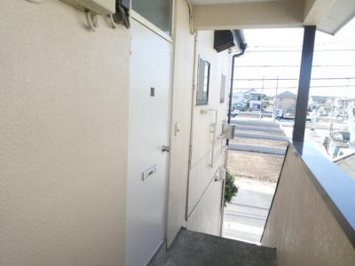 お部屋の入口はこちらです