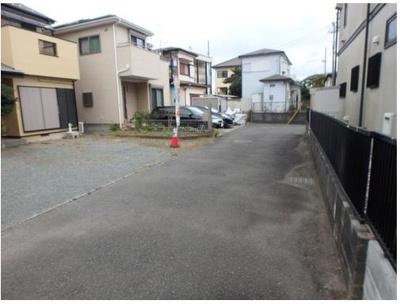【前面道路含む現地写真】茅ヶ崎市浜之郷 二世帯住宅