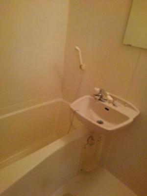 【浴室】ヴィラ・エテルノ