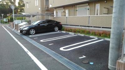 【駐車場】ルシール
