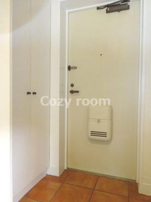 毎日通る玄関はこちらです(現況と異なる場合は、現況を優先します。)