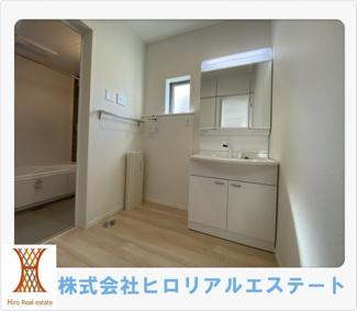 【独立洗面台】神戸市西区竜が岡5丁目新築戸建