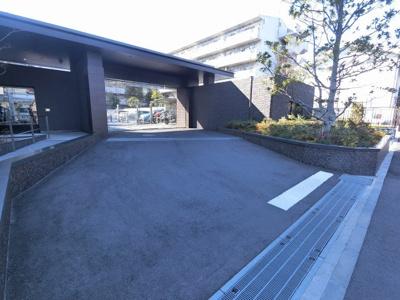 駐車場の出入口です。