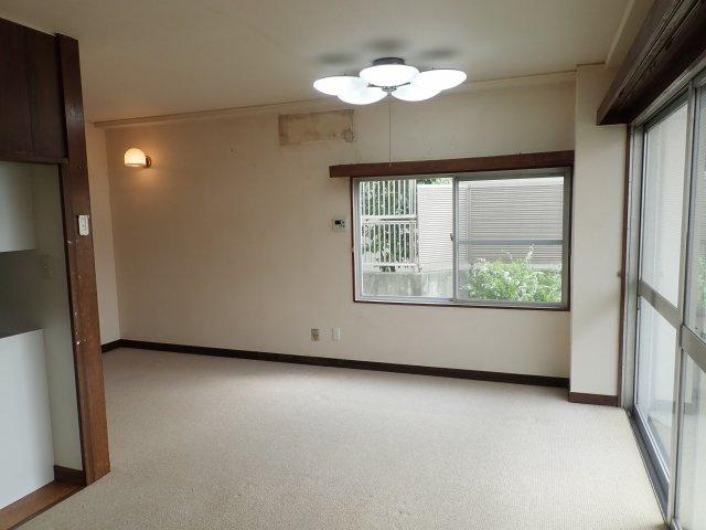 【居間・リビング】東灘区森北町5丁目中古住宅