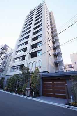 総戸数62戸、鉄筋コンクリート造14階建マンションです。