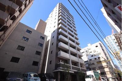 総戸数57戸、鉄筋コンクリート造14階建のマンションです。