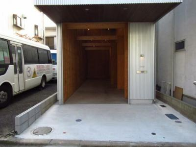 【エントランス】神奈川2丁目 貸倉庫