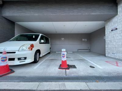 【駐車場】レオンコンフォート難波ブラン