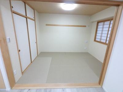 5.9帖の和室です。