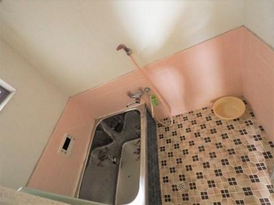 浴室も大変明るく、広々しております