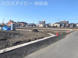 岐阜市江添 土地分譲 残り2区画 前面道路6m 南道路につき日当り良好!建築条件はございません。