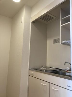 収納スペースもしっかり備わったキッチンです。