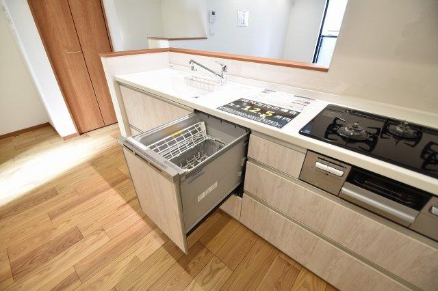 食洗器が付いているので、お食事後の皿洗いもラクラク!