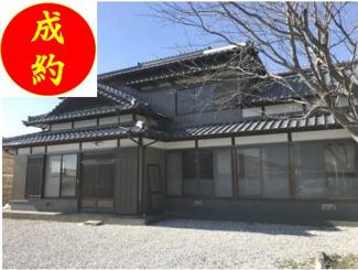 外観は趣のある日本家屋