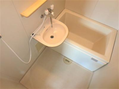 浴室、洗面台付
