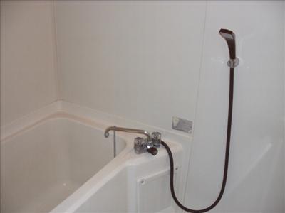 シャワー付浴室です♪